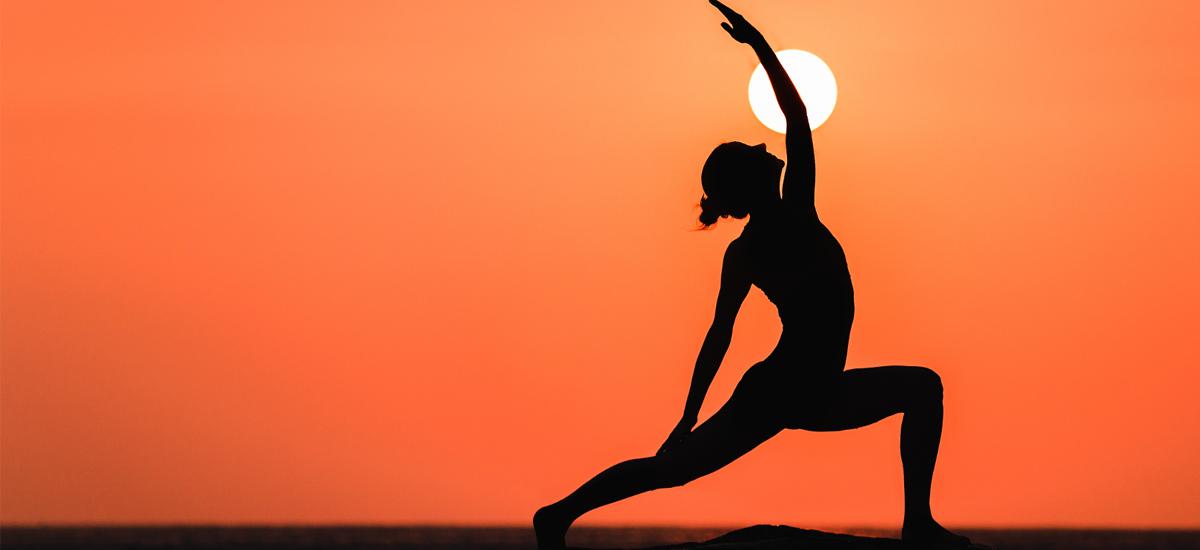 Yoga Estivo